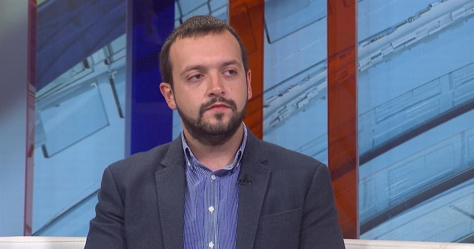 Boban Stojanović: Problem nije u dilemi stari/novi ljudi već u sistemu u kom niko nema šansu