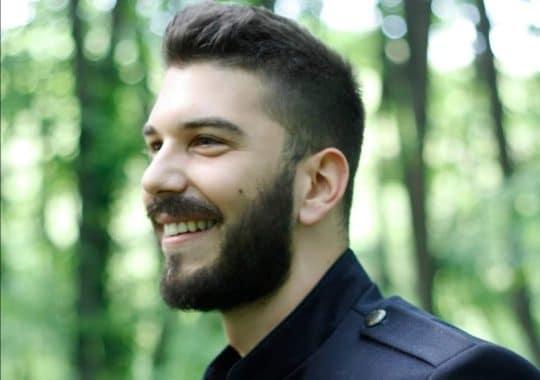 """""""UZBUDLJIVO JE OTKRIVATI SEBE POEZIJOM"""" – Nemanja Dragaš dobitnik nagrade """"Milutin Bojić"""""""