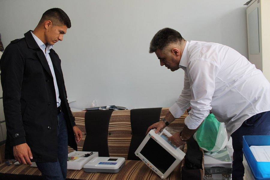 MLADI KOJI SE BORE ZA SVOJ KRAJ: Medicinski aparati od 5000e za bolnicu u Pasjanu
