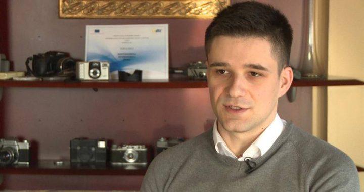 Da li smo preživeli epidemiju lažnih vesti i šta reći za izveštaj REM-a? – Stefan Janjić, FakeNews tragač
