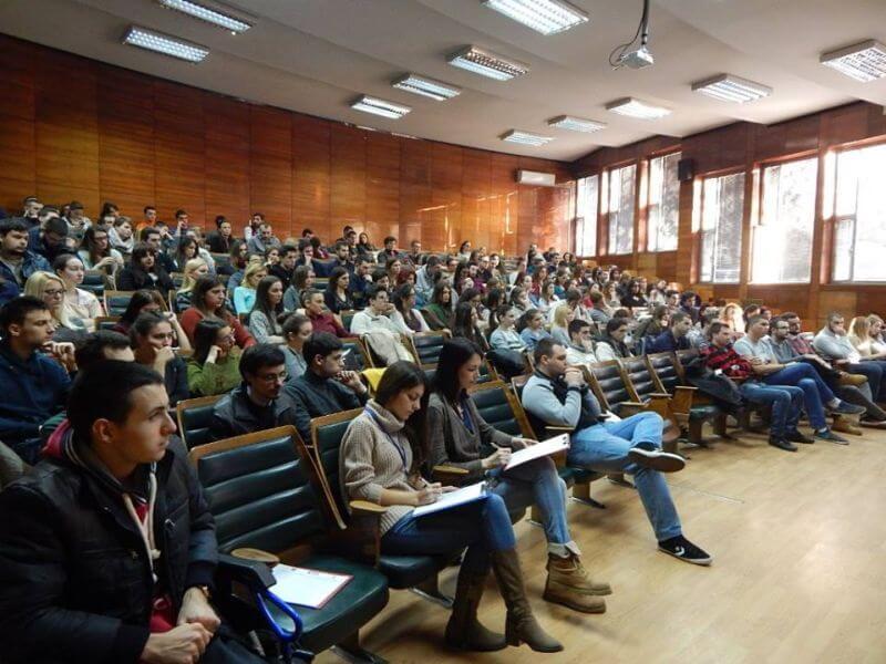 Studenti i organizacije traže dodatni rok za zaražene studente