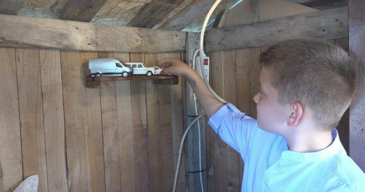 Upoznajte najmlađeg majstora u Srbiji: Nema ni 11 godina, a sebi je napravio kuću