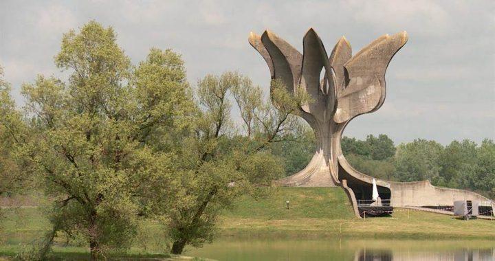 Da li je prof. dr Nikola Samardžić prekršio etički Kodeks podrškom opravdavanju postojanja logora Jasenovac?