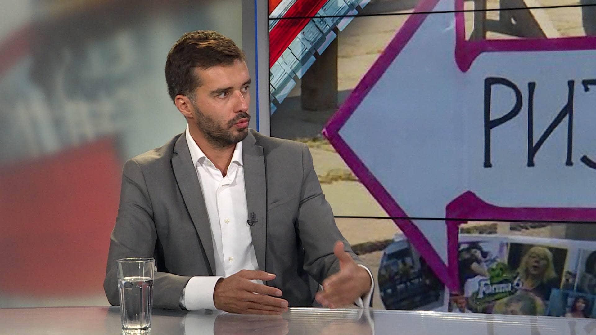 Savo Manojlović: Podržimo studente, ima para za stadion, a za obrazovanje nema
