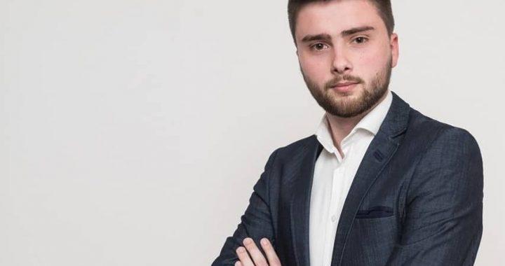 Proglas Dveri je konkretizacija ideje o SISTEMSKIM PROMENAMA – Stefan Aksović, predsednik omladine Dveri (INTERVJU)