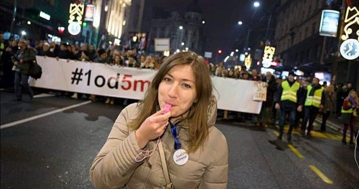 Jelena Vujanović: Lažni autoriteti i potrošeni humor ne mogu da pokrenu ljude